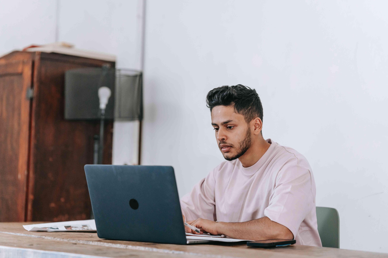 Encuentre empleados en el sector Digital