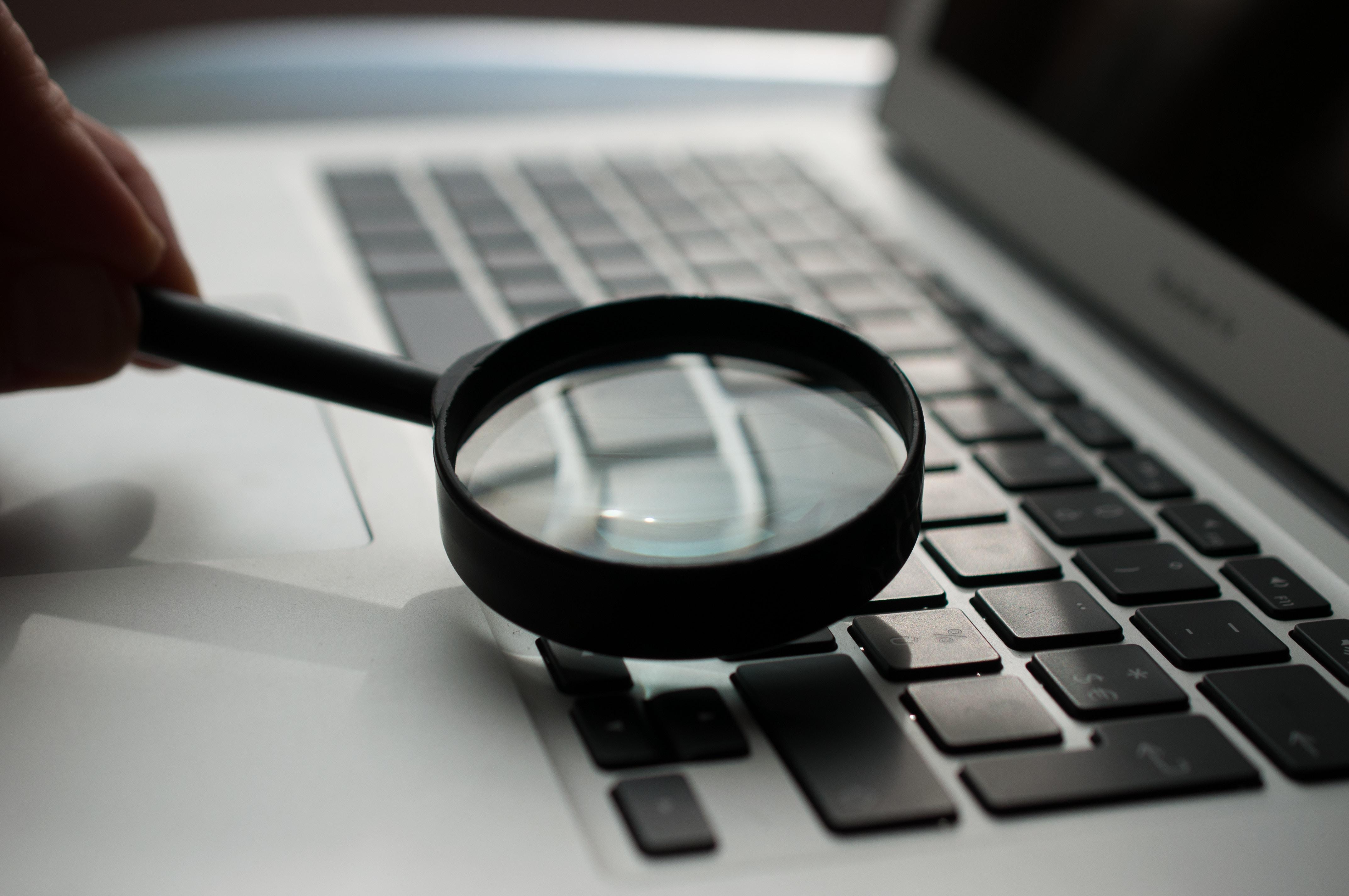 Internet nach Informationen durchsuchen