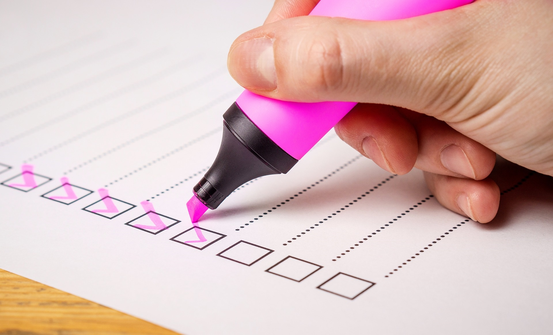 Checkliste mit Textmarker