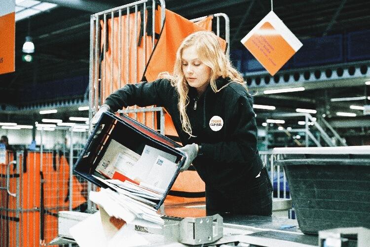 YoungCapital Logistik-Mitarbeiter finden
