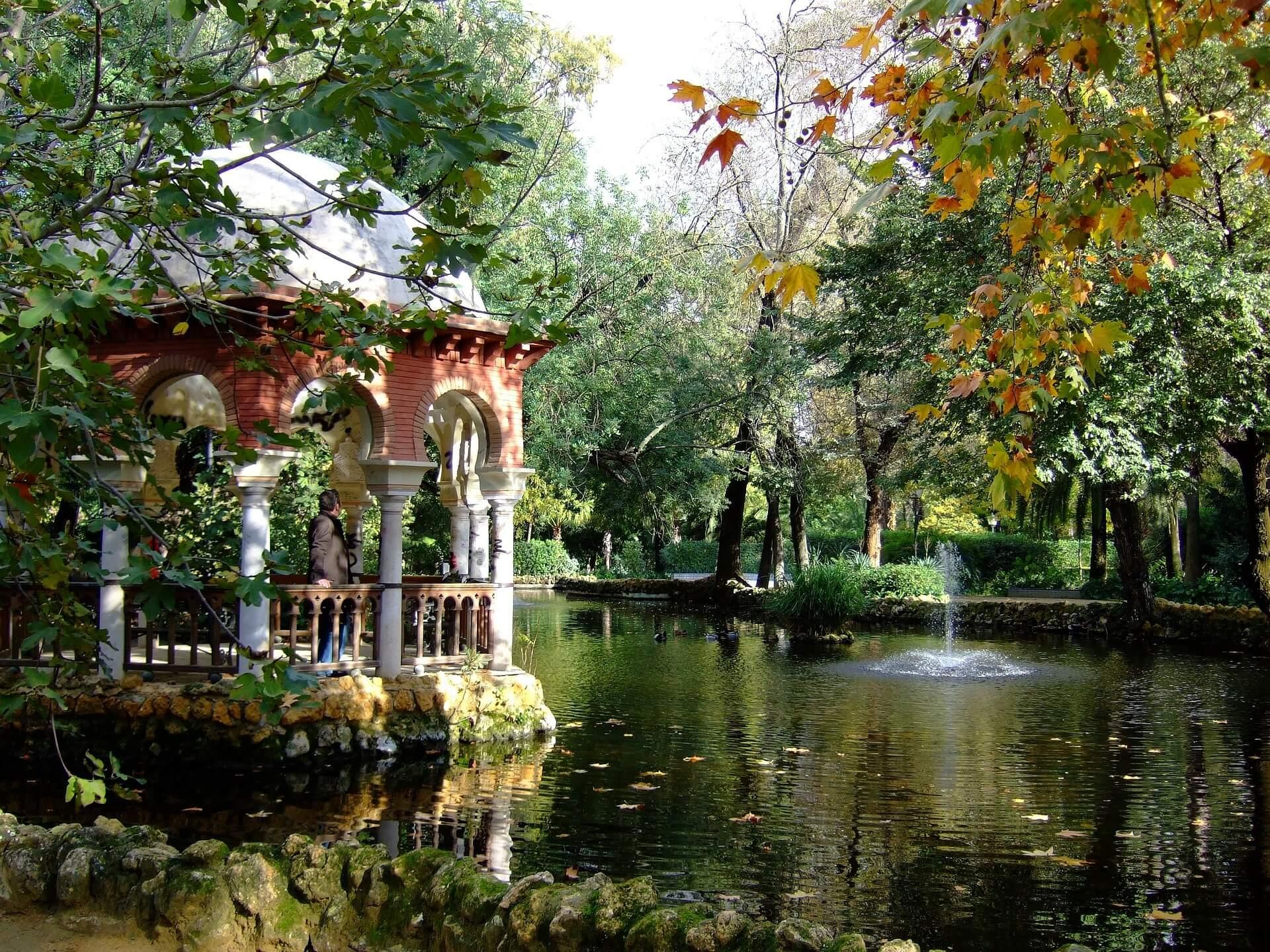 Lago del parque Maria Luisa de Sevilla