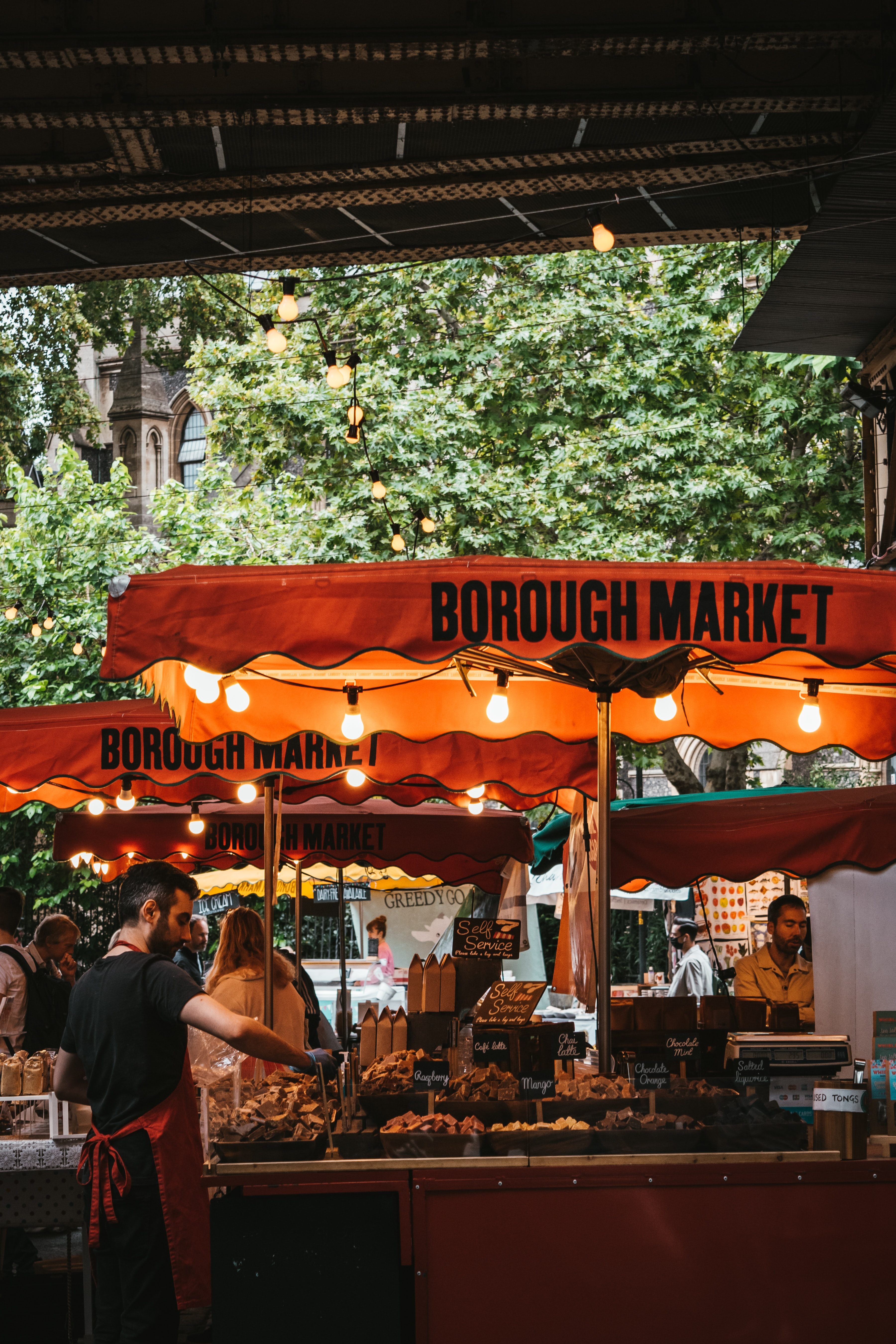 5 Food Stalls That UK Students Must Try