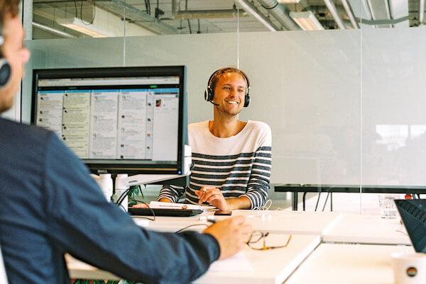 Mit YoungCapital Kundenservice-Mitarbeiter finden