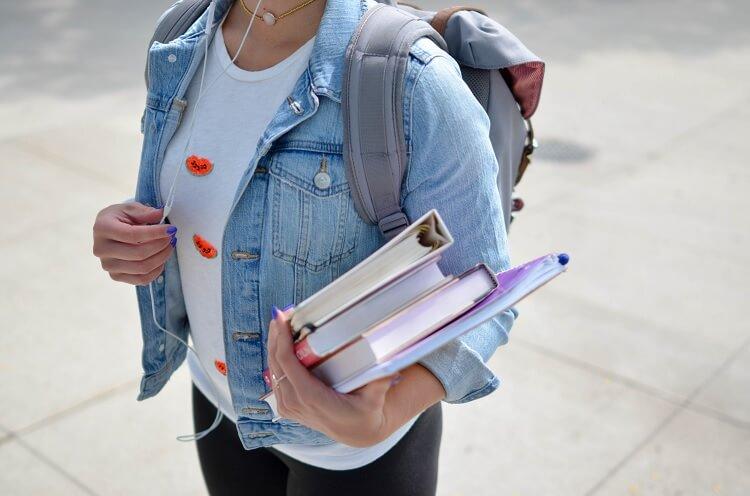 Nebenjob und Minijob für Schüler