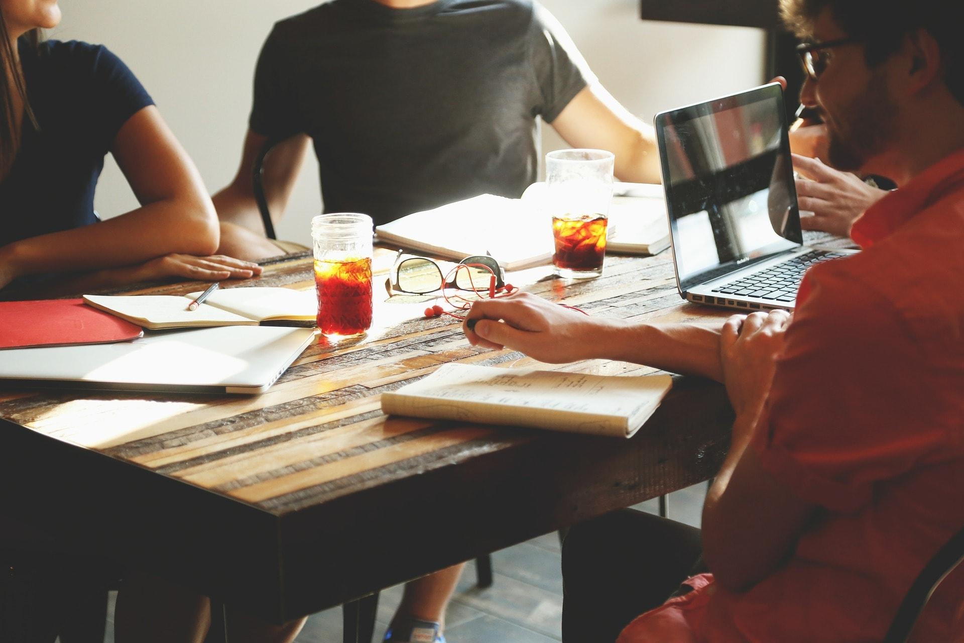 Projektmanagement erfordert viel Teamarbeit